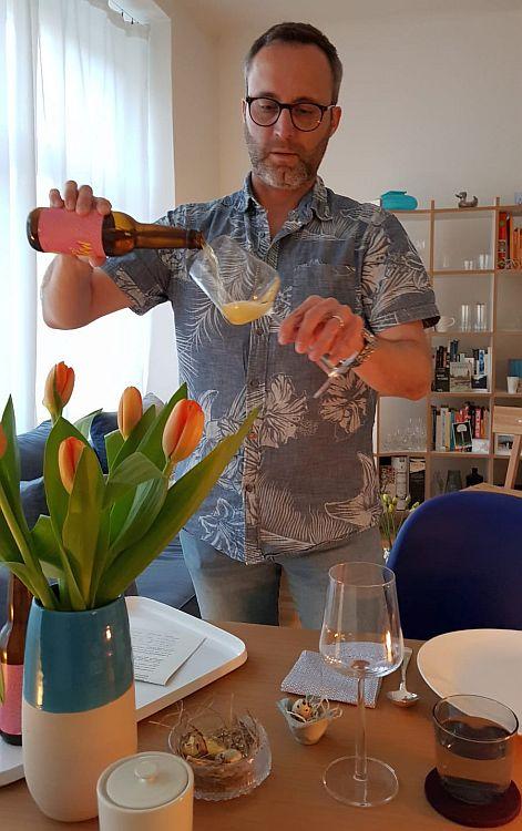 Biersommelier Jens Ostrominski präsentiert Bier